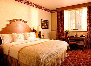 Zermatt Resort Alpine Guestroom
