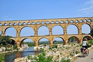 Frankreich Provence Carmague RS Pont du Gard Fotolia