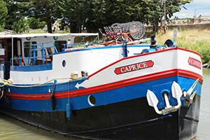 Frankreich Provence Carmague RS Schiffe Caprice Caprice Aussen